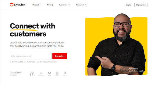live chat- connect with customers